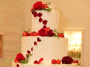 バラウェディングケーキ