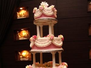 ロマンスウェディングケーキ